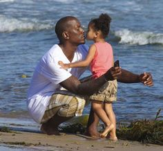 "Centric - Photos - A Father's Love: The Fellas of R and Their Kids - ""Sweet Lady"" Black Dad, Black Fathers, Fathers Love, Father And Son, Black Love, Daddys Little Princess, Daddys Little Girls, Daddys Girl, Futur Parents"