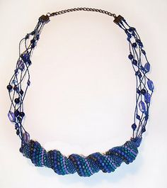 Beading Arts: Twisted peyote spiral necklace