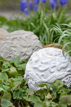 Gartenkugeln aus Beton