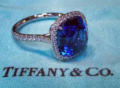 @tiffanyandco. Lovely Blue Sapphire