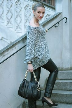 Leather pants from Hallhuber combined with a knitted, sequin high-low  oversive pullover from and a Michael Kors Bag (Designer Outlet Parndorf). 2795ea3c6f