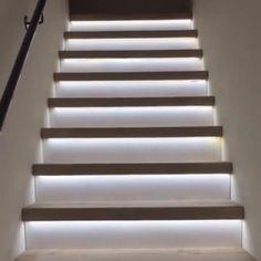 Home Stairs Design, Home Room Design, Home Interior Design, Modern House Design, Staircase Design Modern, Stairs Light Design, Home Lighting Design, Stair Design, Led Closet Light