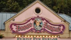 Have an Ogle Dog and play an arcade game! Fannie Farkle's is only one of the great arcades in the Smoky Mountains!