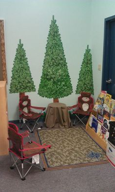 camping theme classroom decorations | Camp Theme Classroom Library