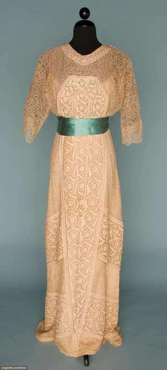 Dress Georges Doeuillet, 1910 Augusta Auctions