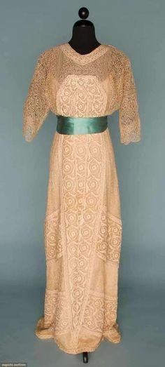 Dress Georges Doeuillet, 1910 Augusta Auctions