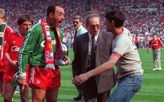Liverpool Goalkeeper, Liverpool Fc, Retro Football, Sport, Legends, Deporte, Sports