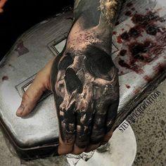 skull on hand tattoo designs - Recherche Google