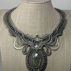 Check out Ursula, by Kaska Firor. Cast your vote in the 2017 BeadDreams People's Choice Award competition of bead artistry!