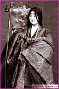 Immortal Geisha - Make-Up of Geisha and Maiko