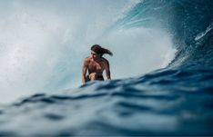 Showcase of surfing photos by Mexican big wave surf photographer, Maria Fernanda on Club of the Waves Craig Anderson, Big Wave Surfing, Surfing Photos, Galapagos Islands, Big Waves, Surfs Up, Hawaii Travel, Tahiti, Mexico City