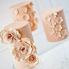 Satin Ice fondant icing is an essential, allergy free, cake decorating tool to make custom wedding, birthday & holidays cakes, cookies & cupcakes. Fancy Cakes, Mini Cakes, Cupcake Cakes, Fondant Cupcakes, Satin Ice Fondant, Fondant Icing, Mini Wedding Cakes, Wedding Cupcakes, Mini Tortillas
