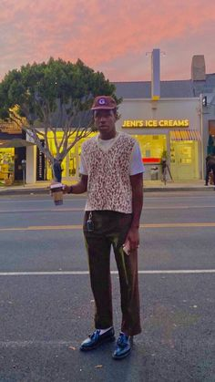 Tyler The Creator Fashion, Tyler The Creator Outfits, Tyler The Creator Wallpaper, Cool Outfits, Casual Outfits, Young T, Images Esthétiques, Mode Streetwear, Aesthetic Clothes