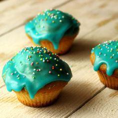 Muffin, Deserts, Food, Google, Beverages, Desserts, Eten, Postres, Dessert