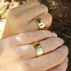 Wedding Ring Sets Unique, Wedding Ring Designs, Gold Wedding Rings, Wedding Matches, Wedding Sets, Wedding Bands, Engagement Rings Couple, Couple Rings, Engagement Ring Styles