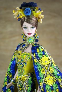 Creations, specializes in one-of-a-kind doll designs, formed by fashion designer, Mario Paglino and graphic art director, Gianni Grossi. Doll Clothes Barbie, Barbie I, Barbie World, Fashion Royalty Dolls, Fashion Dolls, Barbie Princess, Doll Parts, Barbie Collection, Barbie Friends