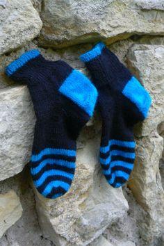 Oliver socks - black and tyrkys (yarn Fabel . DROPS)