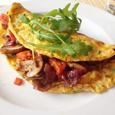 Healthy Living in Heels: De Perfecte Groente Omelet Carb Free Recipes, Healthy Recipes, Healthy Food, Healthy Diners, Vegetarian Recepies, Wraps, Light Recipes, Lunches And Dinners, Food Videos