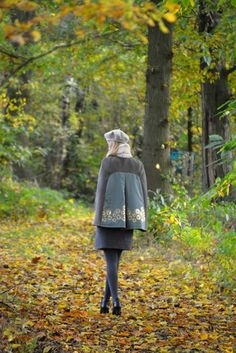 An Ileana-cape and a Louisa-Lotta-Ileana-dress, Hello there! Speaking to youagain is Eva, a twenty-year-old sewing addict living in pretty little Belgium, blogging (in Dutch and English!) at Wit...  #contest2015 #LotteMartens #patternhack