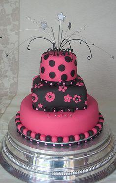 Wedding cake by Karen Lindsay - wish I could taste it! #pinmyencore