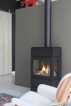 Faber Blokhus gas fire — The Gas Fireplace Gas Fire Stove, Gas Stove Fireplace, Small Living, Home And Living, Diy Interior, Interior Design, Faber, Log Burner, Fireplace Design