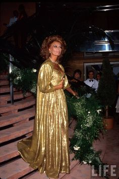 Sophia Loren Wearing a Golden Gown Premium Photographic Print Hollywood Glamour, Hollywood Actresses, Hollywood Style, Beautiful Gowns, Most Beautiful Women, Sophia Loren Images, Photography Movies, Italian Actress, Italian Beauty
