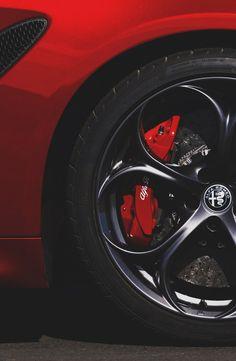 New Small Luxury Car – Auto Wizard Alfa Romeo 159, Alfa Romeo Cars, Alfa Romeo Giulia, Small Luxury Cars, Alfa Romeo Spider, Acura Nsx, Motosport, Vans, Nissan Sentra