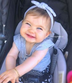 What an adorable smile … – Baby Cute Kids Pics, Cute Baby Girl Pictures, Cute Baby Boy, Cute Baby Clothes, Baby Kids, Little Babies, Cute Babies, Baby Ballerina, Cute Baby Wallpaper