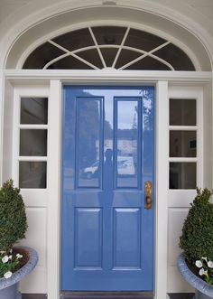 Blue Fine Paints of Europe high gloss front door. Front Door Paint Colors, Painted Front Doors, Front Door Design, Front Door Painting, Blue Front Doors, Fine Paints Of Europe, Traditional Front Doors, Porch Doors, Interior Stairs