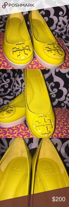 Brand New Banana Yellow Tory Burch Platform Flats Never worn ! Just tried on. Tory Burch Shoes Platforms