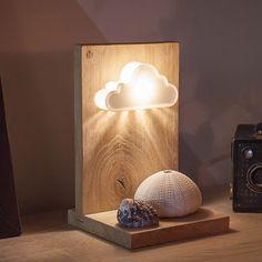 Modèle Nuage : Lampe en bois massif avec un abat-jour créatif imprimé en 3D, inspirations scandinaves pour enfant ou adulte