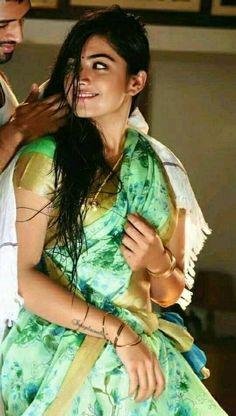 Rashmika mandana - saree look Bollywood Actress Hot Photos, Indian Actress Hot Pics, Beautiful Bollywood Actress, South Indian Actress, Beautiful Actresses, Indian Actresses, Beautiful Girl Photo, Beautiful Girl Indian, Most Beautiful Indian Actress