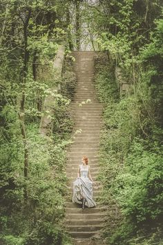 28 Fairytale Wedding Photos That Capture The Magic Of Love - THE NATURE IS ABSOLUTELY BREATHTAKING!