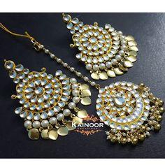 Kundan Chandbali eith pipal patti combined with matching kundan tikka on gold plated Base.  Earrings : 3 inches approx including pattis  Tikka : 2 inches  Enquiries: 00447585522293 (Watsapp/ viber) Email: kainoork@gmail.com  #hudabeauty  #bridaljewelry #sikhbride #sikhbrides #asianwedding #asianbride #bridalmakeup #anastasiabeverlyhills #dollhousedubai #desibeautyblog #vegas_nay #amrezy #lookamillion #eid #mehendi #henna #walima #muslimbride #pakistanijewelry #pakistanibride…