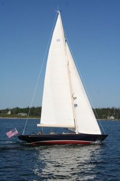 Hinckley Daysailer 42 Boats and Yachts For Sale, photos, review, specifications, price, charter