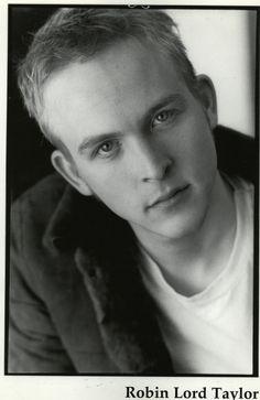 Robin Lord Taylor (GOTHAM)