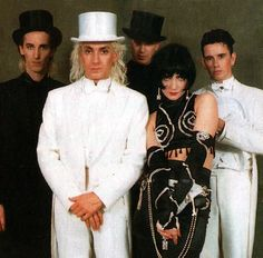 Siouxsie and The Banshees. Peek-a-boo