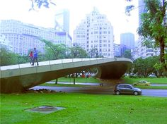 Pontes para pessoas, para aposentar de vez as passarelas Garden Bridge, Marina Bay Sands, Outdoor Structures, Building, Travel, Gazebo, Urban Landscape, Rio De Janeiro, Arquitetura
