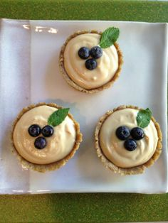 These easy, delicious, raw, vegan, elegant dessert cups are sure to steal your heart and make you swoon.