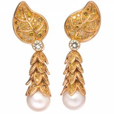 Preowned R. Boivin Elegant Fancy Colored Diamond Pearl Gold Drop... ($54,959) ❤ liked on Polyvore featuring jewelry, earrings, multiple, yellow gold drop earrings, diamond drop earrings, 18 karat gold earrings, pearl drop earrings and pearl earrings
