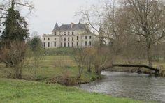 Méréville, le 16 mars. En rénovation depuis 2003, le domaine de Méréville n'est quasiment plus ouvert au public. Il est pourtant l'un des emblèmes des jardins pittoresques du XVIIIe siècle.