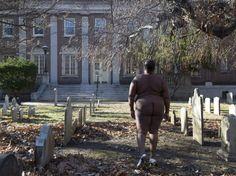 PHOTOS. New York : elle pose nue sur les sites de l'esclavage