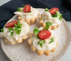 Camembert Cheese, Foodies, Chicken Recipes, Food And Drink, Menu, Ethnic Recipes, Danish, Tapas, Dinner Ideas