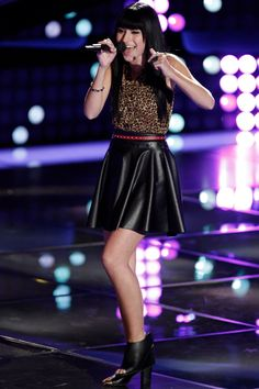Pharrell turned his chair for Mia Z. Season 8 - The Voice!