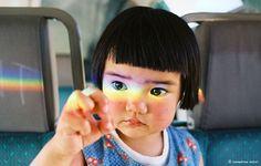 他用相機記錄「全世界最上相小女生」,網友看到其他照片都驚覺「她不可能是人類吧?」% 照片
