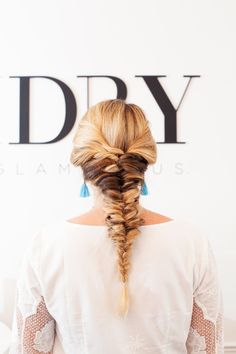 And today, Jay and I are back with another DreamDry inspired hair tutorial! I've been really excited for this one as it's so unique and different. It's also (believe it or not) probably our easiest ha