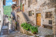 """Mi piace"": 1,767, commenti: 47 - Stefano Valeri (@stevaleri) su Instagram: ""Another shot from the beautiful Scanno, in the province of L'Aquila, Abruzzo. #scanno #laquila…"""