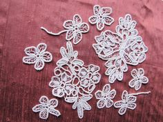 Set Antique lace flower appliques - Vintage Fine Handmade Fashion from France