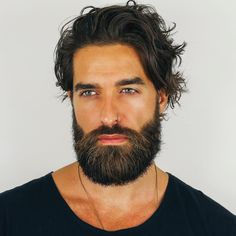 Save with our premium beard grooming kits and gift sets. Beard and Company offers the best all-natural beard and hair products, proudly made in Colorado. Long Beard Styles, Hair And Beard Styles, Great Beards, Awesome Beards, Beard Growth, Beard Care, Bart Tattoo, Sexy Bart, Beard Suit
