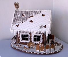 Gingerbread House Designs, Christmas Gingerbread House, Christmas Sweets, Gingerbread Cookies, Christmas Time, Christmas Crafts, Christmas Decorations, Gingerbread Houses, Baby Birthday Cakes